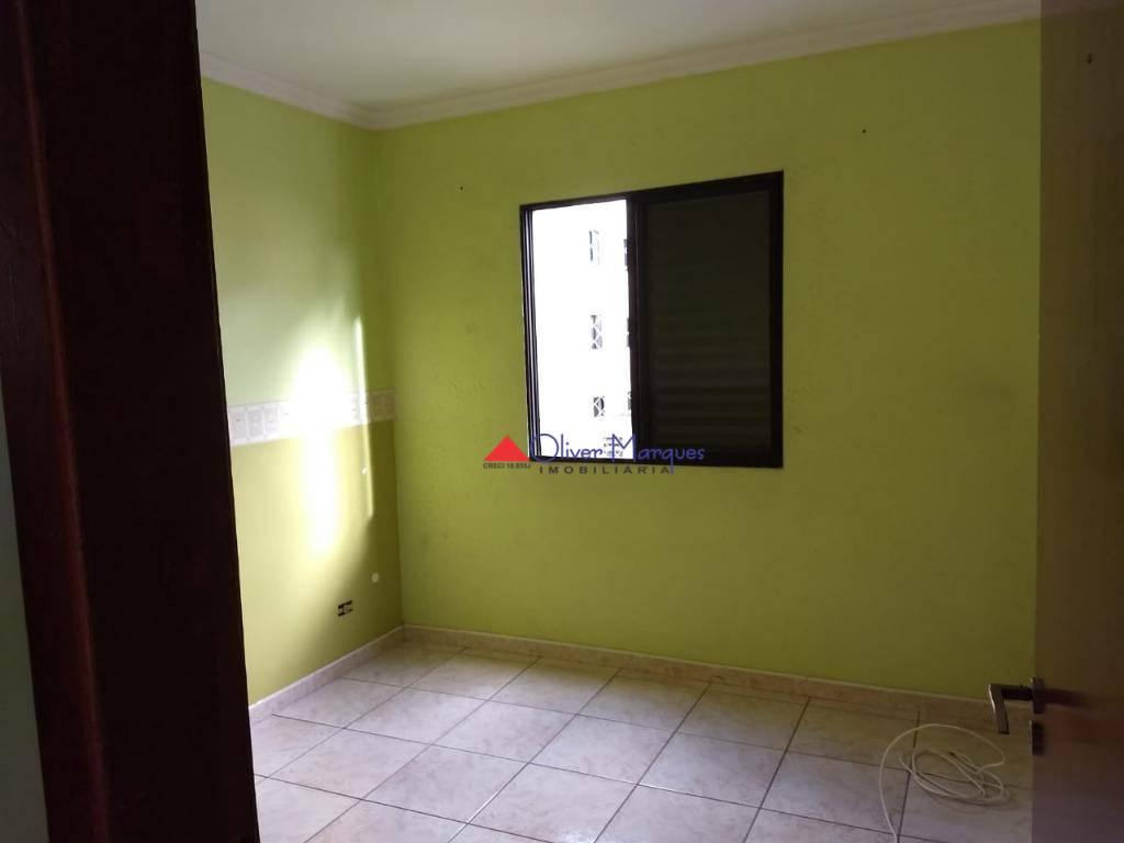 Apartamento com 2 dormitórios à venda, 50 m² por R$ 190.800 - Carapicuíba - Carapicuíba/SP