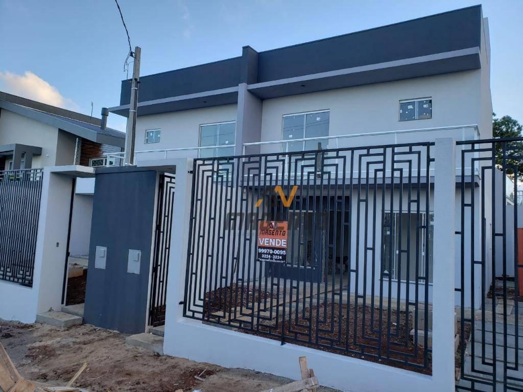 Sobrado com 3 dormitórios à venda, 134 m² por R$ 420.000 - Pioneiros Catarinenses - Cascavel/PR