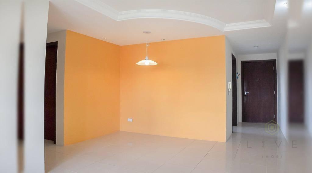Apartamento com 3 dormitórios à venda, 67 m² por R$ 250.000 - Vila Tarumã - Pinhais/PR