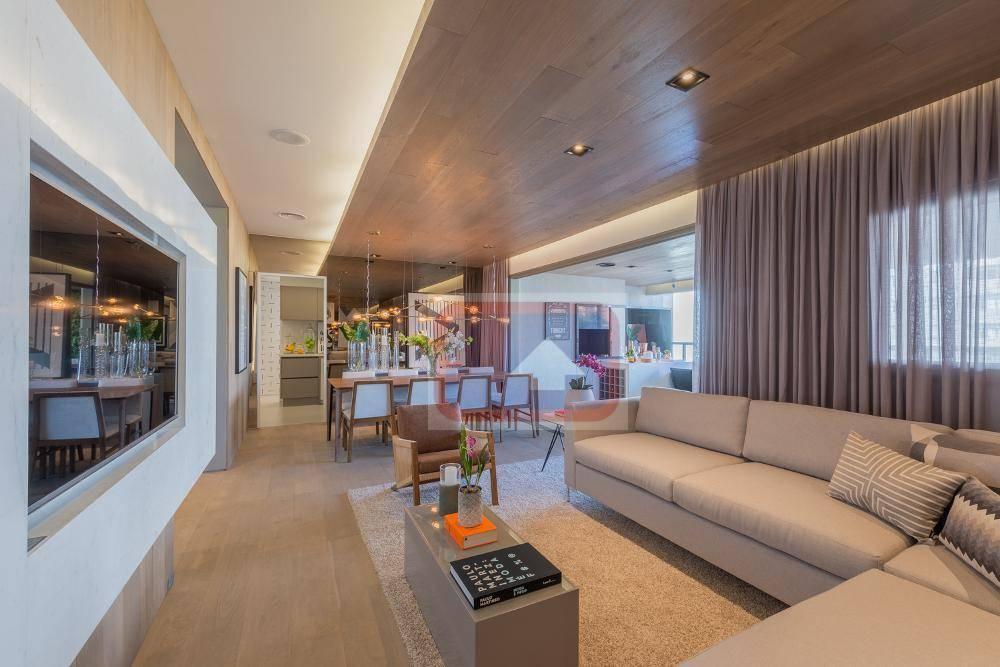 Apartamento de 4 dormitórios à venda em Vila Madalena, São Paulo - SP