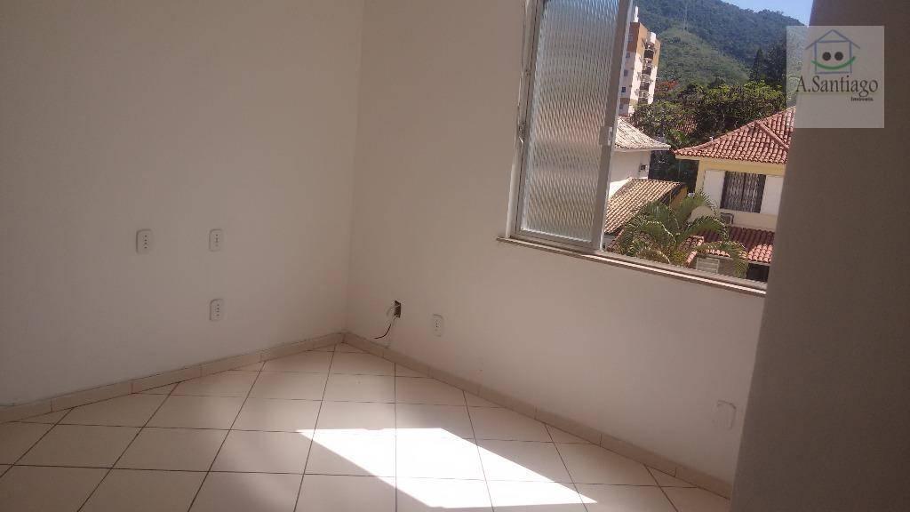 Apartamento 2 quartos, sol manhã Freguesia condomínio Idenpe
