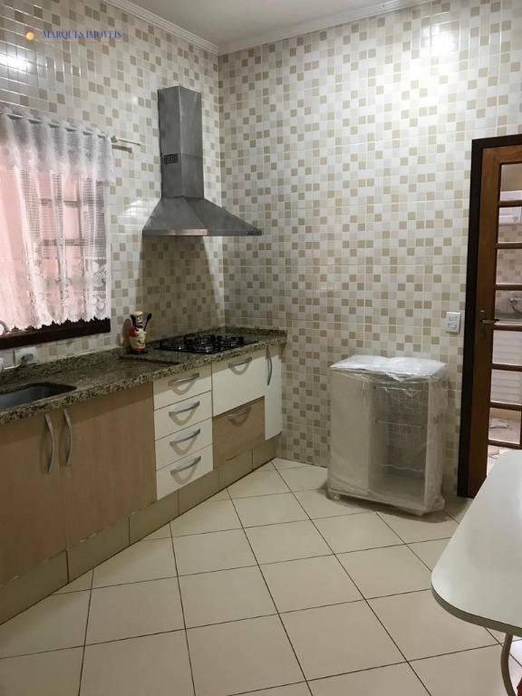 terreno com 3 casas, sendo casa principal com 140m², toda avarandada, com 2 suítes com closet,...