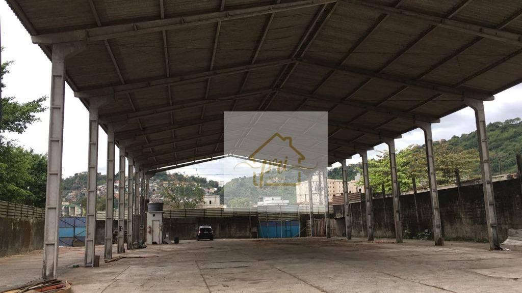Galpão à venda, 600 m² por R$ 3.000.000,00 - Saboó - Santos/SP