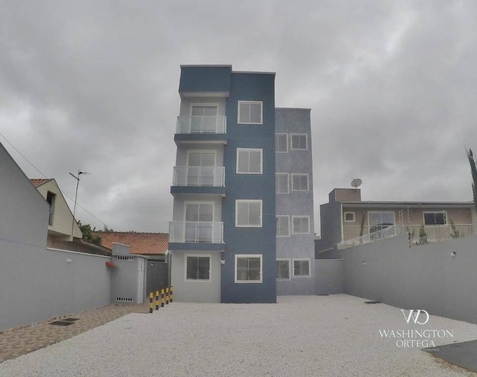 Apartamento com 3 dormitórios à venda, 64 m² por R$ 199.900