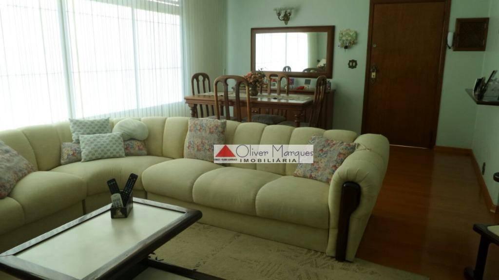 Casa com 3 dormitórios para alugar, 167 m² por R$ 4.500/mês  Rua Nico Branco - Vila Campesina - Osasco/SP
