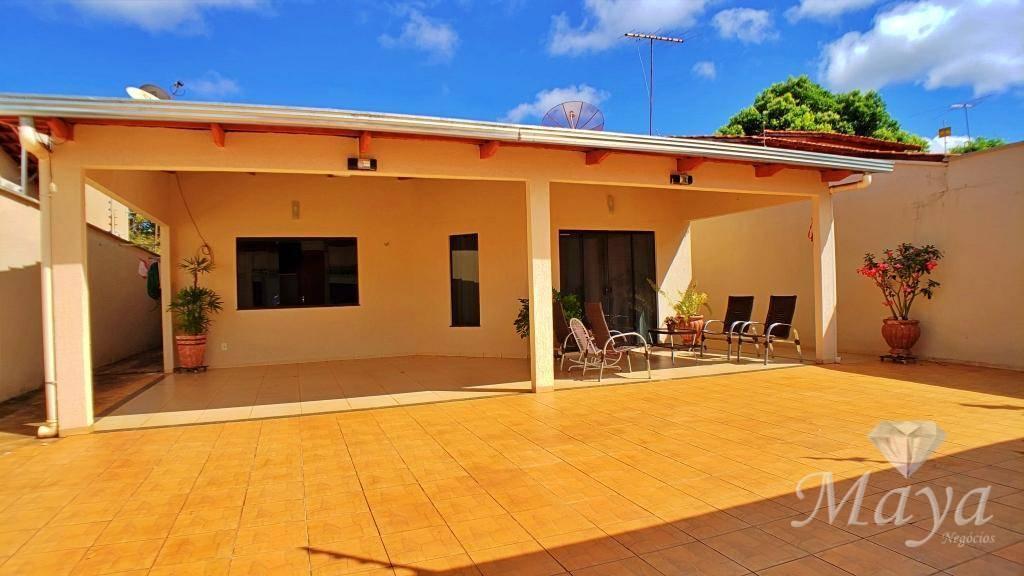 Casa 4 Quartos, 201 m² c/ lazer na 406 Norte - c/ energia solar