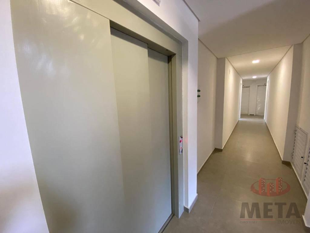 Apartamento com 2 Dormitórios à venda, 61 m² por R$ 293.188,09