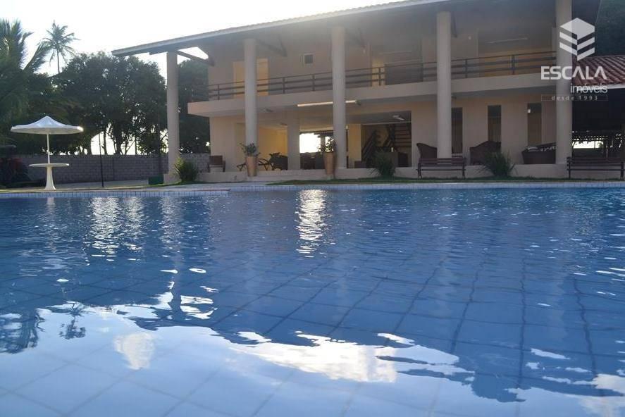 Terreno à venda, 303 m², condomínio fechado, área de lazer, financia - Lagoa do Banana - Caucaia/CE