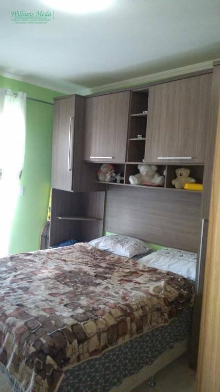 Sobrado residencial à venda, Jardim Bela Vista, Guarulhos, com 3 suítes e 4 vagas.