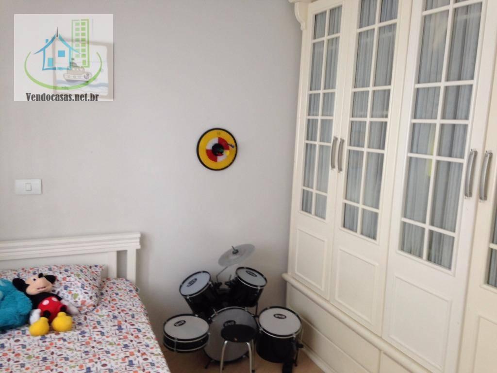 Casa de 3 dormitórios à venda em Vila São Pedro, São Paulo - SP
