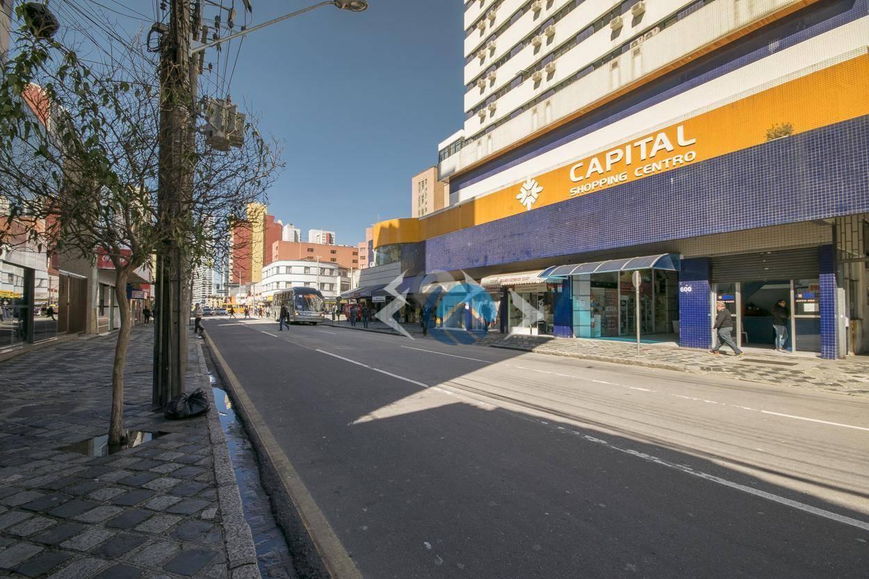 Sala comercial para venda e locação, Centro, Curitiba.