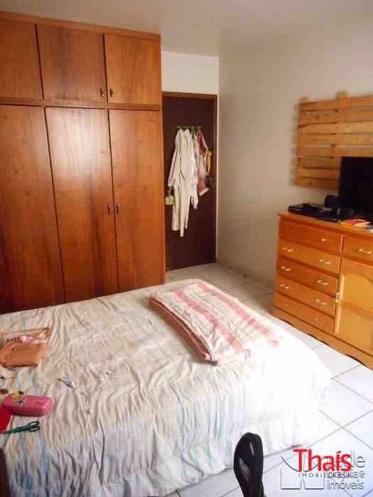Casa de 7 dormitórios à venda em Guará I, Guará - DF