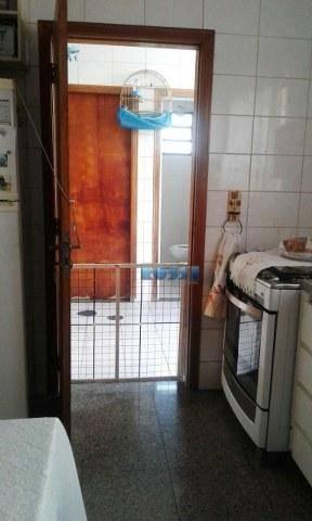 sobrado contendo 3 dormitórios sendo 1 suíte com varanda, lavabo, wc social, 2 salas, cozinha com...