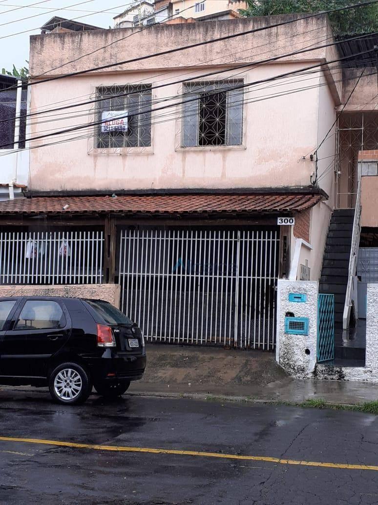 Casa com 2 quartos para alugar, 90 m² por R$ 750/mês - Eldorado - Juiz de Fora/MG