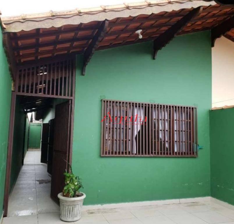 Casa térrea com 2 dormitórios à venda, 100 m² por R$ 240.000 - Itaóca - Mongaguá/SP