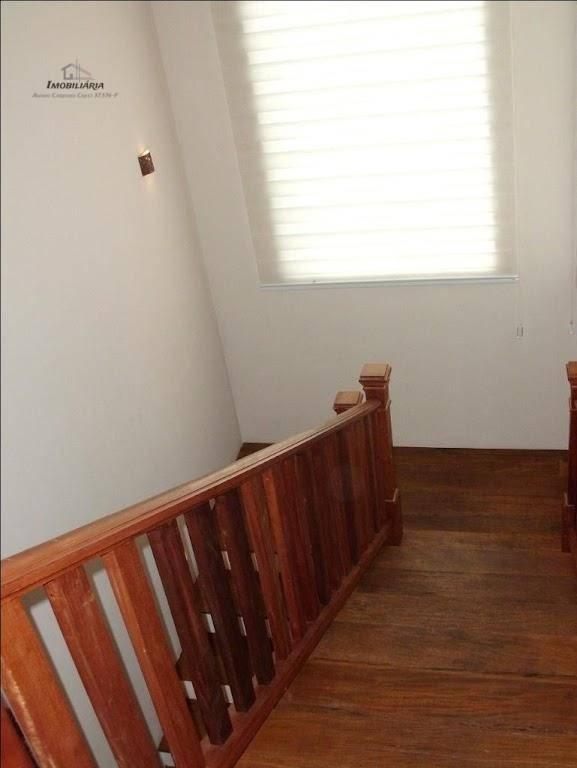 garagem coberta para 2 carros3 quartos sendo todos suítes, 1 escritório amplo com opcional para dormitório...
