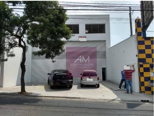 Galpão para alugar, 318 m² por R$ 7.000,00/mês - Taboão - Diadema/SP