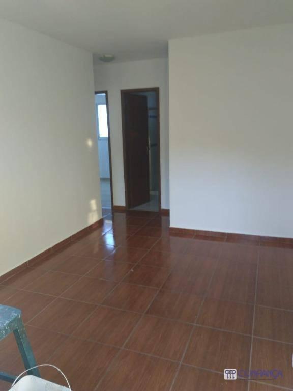 Apartamento com 2 dormitórios para alugar, 60 m² por R$ 800/mês - Campo Grande - Rio de Janeiro/RJ