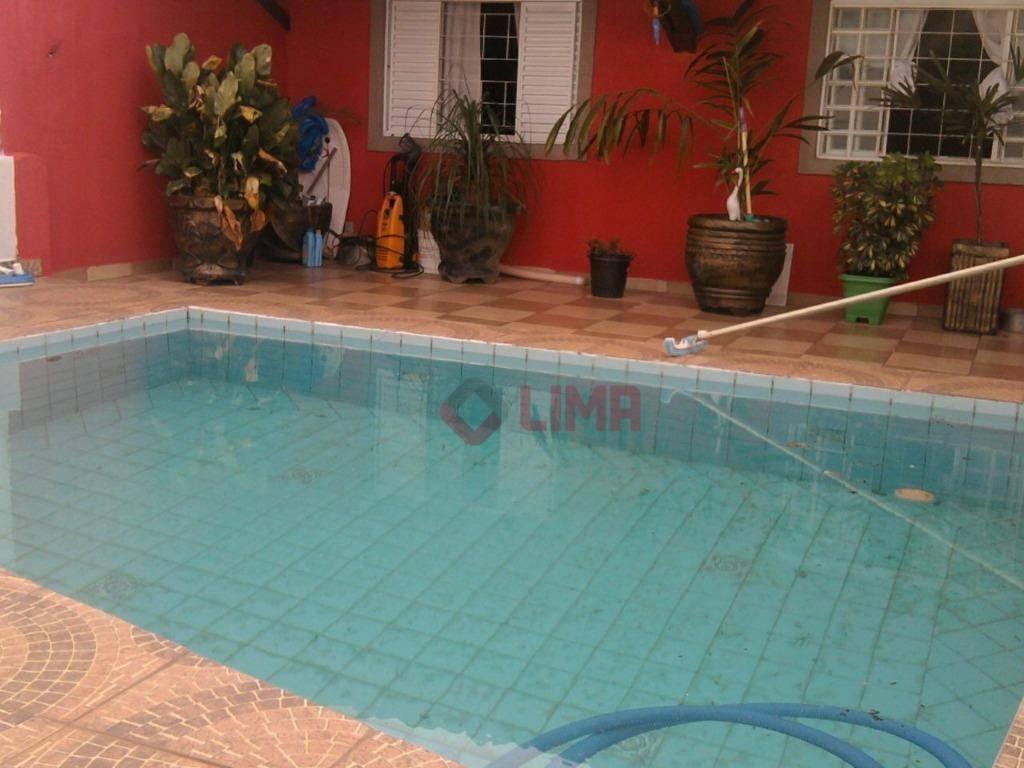 Casa à venda no Jardim Terra Branca, Bauru.