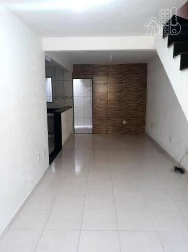 Casa com 2 dormitórios à venda, 121 m² por R$ 300.000 - Rocha - São Gonçalo/RJ