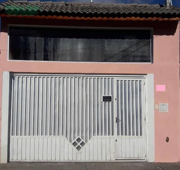 Casa térrea com 2 dormitórios sendo 1 suíte