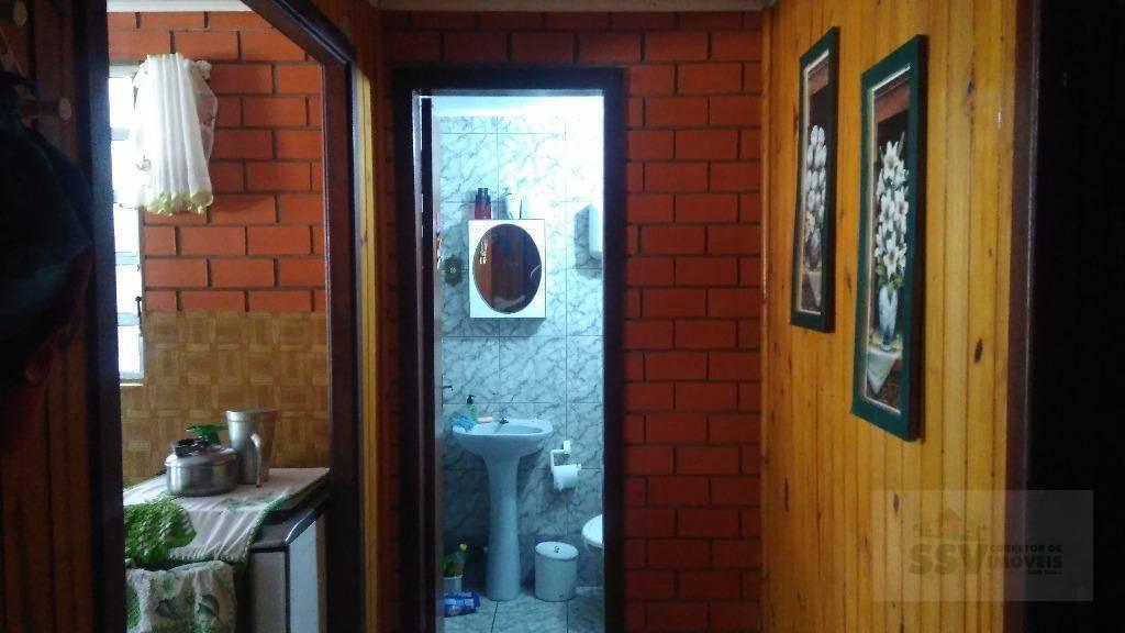 Corredor banheiro e dormitório