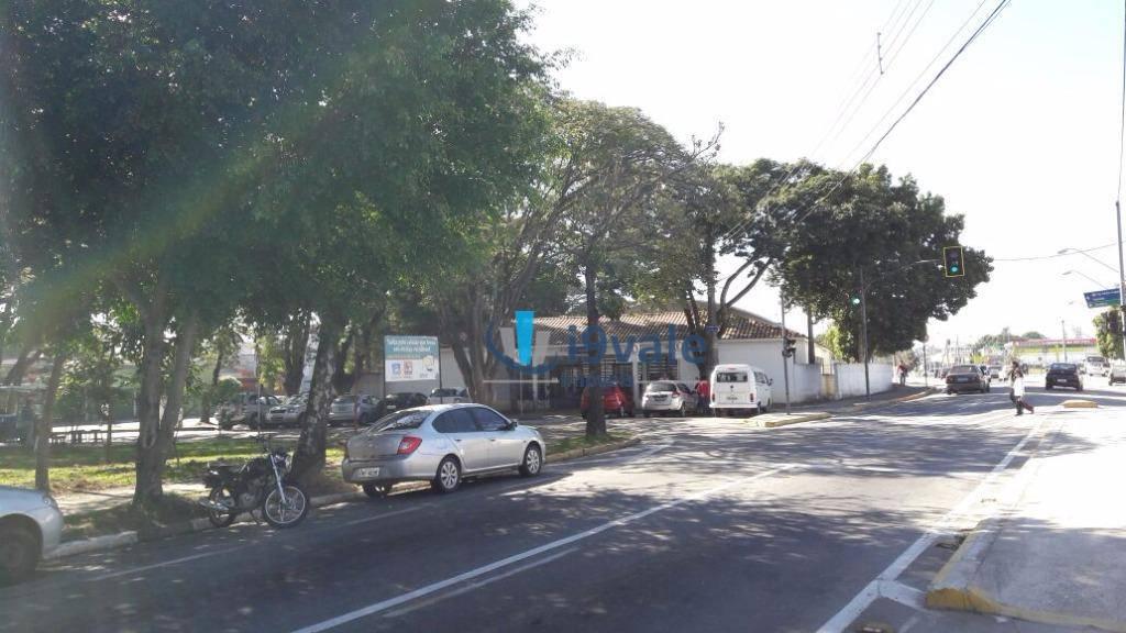 Casa de 2 dormitórios à venda em Centro, Jacareí - SP