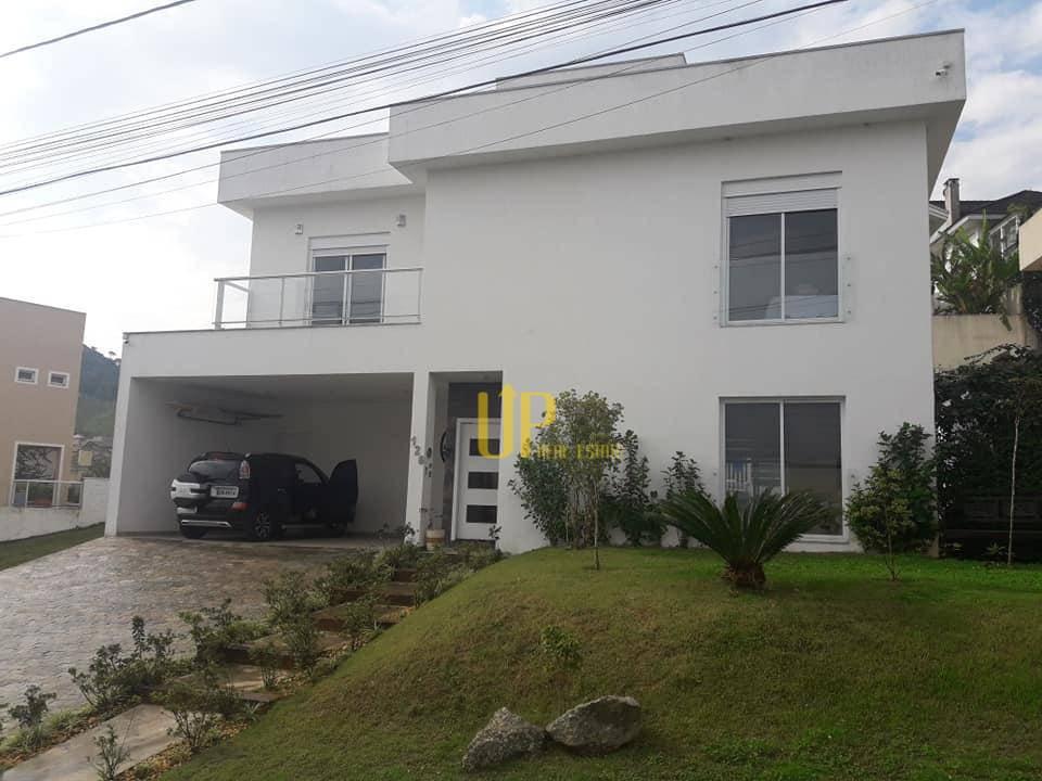 Casa com 4 dormitórios para alugar, 250 m² por R$ 4.800/mês - Vale do Sol - Barueri/SP