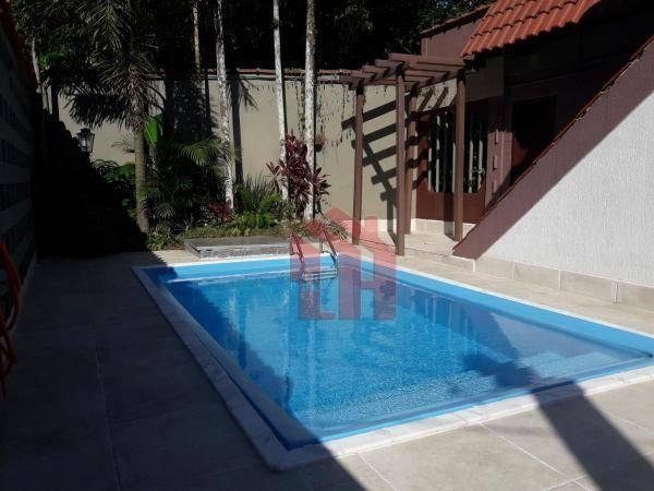 Sobrado à venda, 250 m² por R$ 787.000,00 - Morro dos Barbosas - São Vicente/SP
