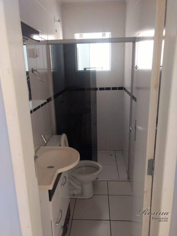 casa geminada localizada no residencial pier/jardim independência sítio do campo, contendo 2 quartos, sala, cozinha, banheiro,...