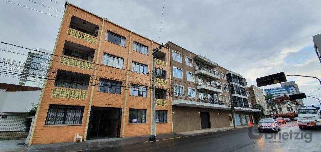 Apartamento para alugar  no Centro - Joinville, SC. Imóveis
