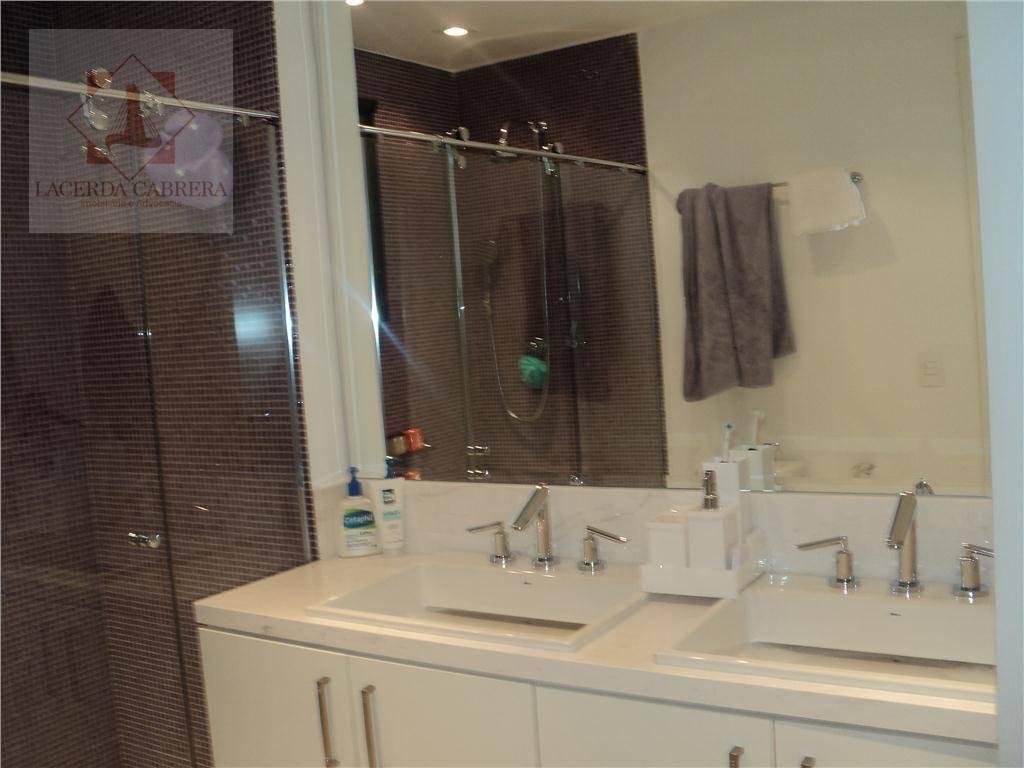 imóvel pronto para morar , impecável, 3 lindas suítes, sala para 3 ambientes, inclusive lareira, sala...