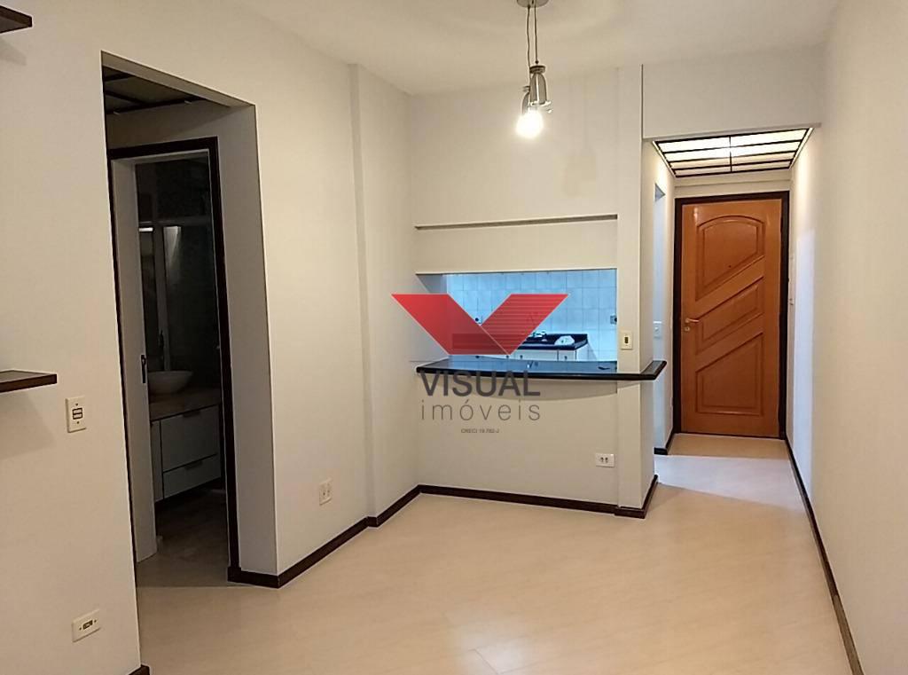 Apto locação R$ 1.500,00 mais condominio e iptu