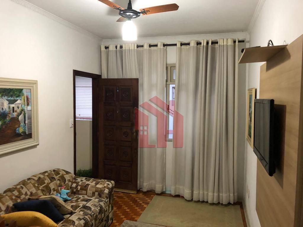 Apartamento de 63m2,  1 dormitório, 1 vaga no centro de São Vicente próximo a praia