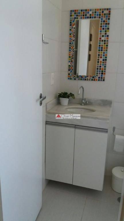 Apartamento com 3 dormitórios para alugar, 69 m² por R$ 1.600,00/mês - Barueri - Barueri/SP