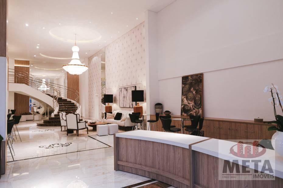 Apartamento com 4 Dormitórios à venda, 221 m² por R$ 1.500.000,00