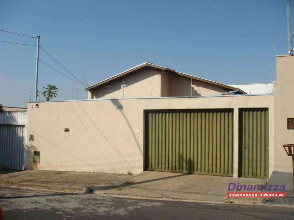 Casa com 3 dormitórios à venda, 170 m² por R$ 250.000 - Cidade Nova - Uberaba/MG