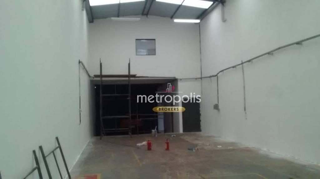 Galpão para alugar, 220 m² por R$ 3.800,00/mês - Vila Santa Cecília - Mauá/SP