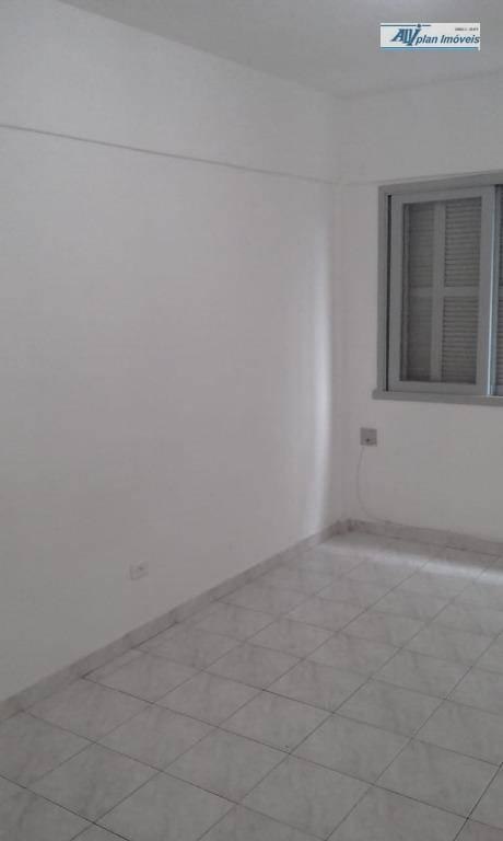 Kitnet residencial à venda, Gonzaga, Santos.