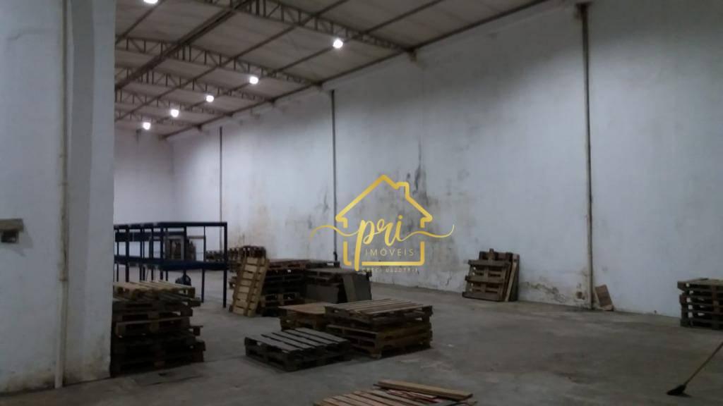 Galpão, 850 m² - venda por R$ 3.500.000,00 ou aluguel por R$ 15.000,00/mês - Encruzilhada - Santos/SP