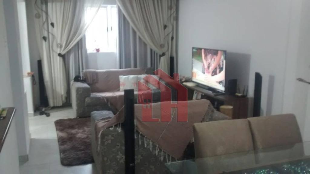 Sobrado com 3 dormitórios à venda, 178 m² por R$ 820.000 - Embaré - Santos/SP