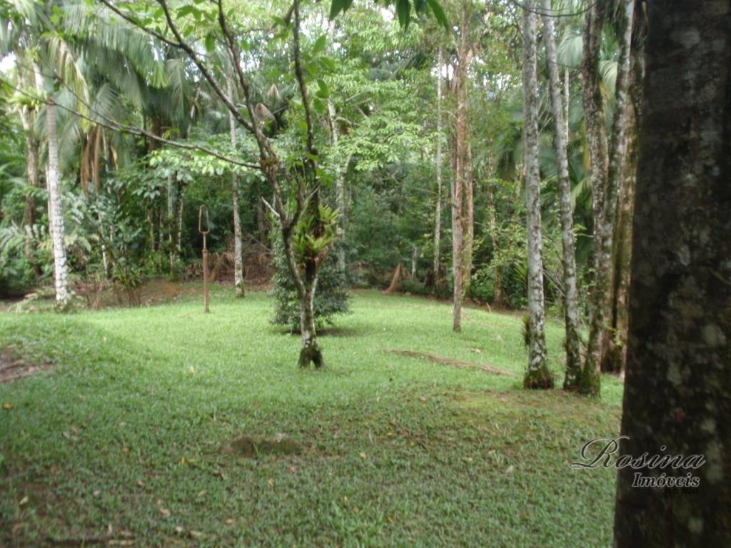 - venha se surpreender com essa estrutura e se encantar com a natureza que o cerca.-...