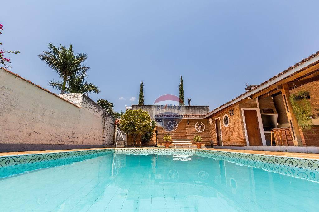 Casa com 6 dormitórios à venda, 507 m² por R$ 1.679.000,00 - Vila Petrópolis - Atibaia/SP