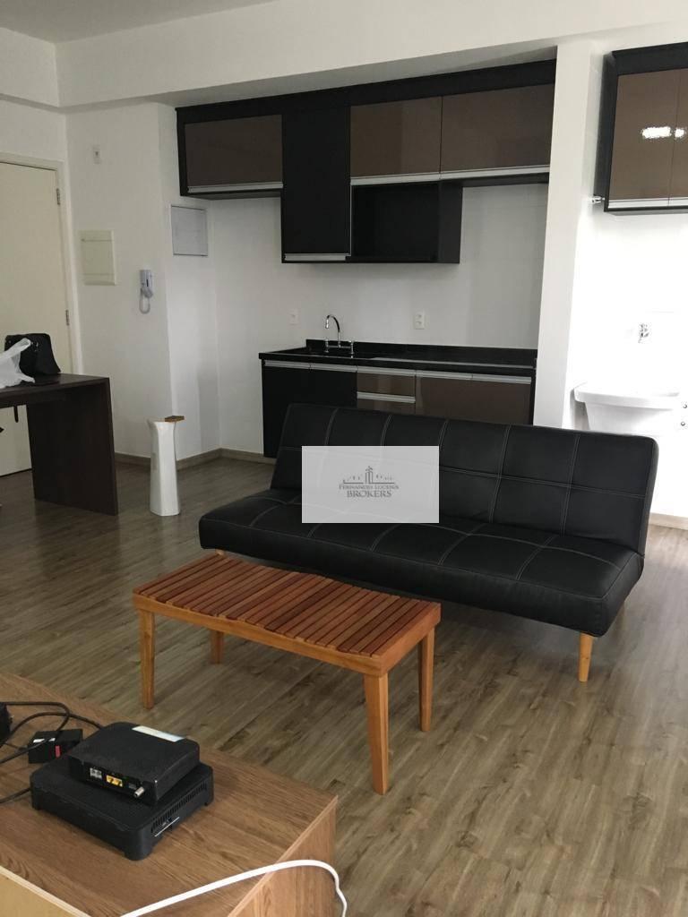lindo apartamento, com, 50 m², 1 vaga, 2 banheiros.parcialmente decorado: planejados, box, espelhos nos banheiros e...
