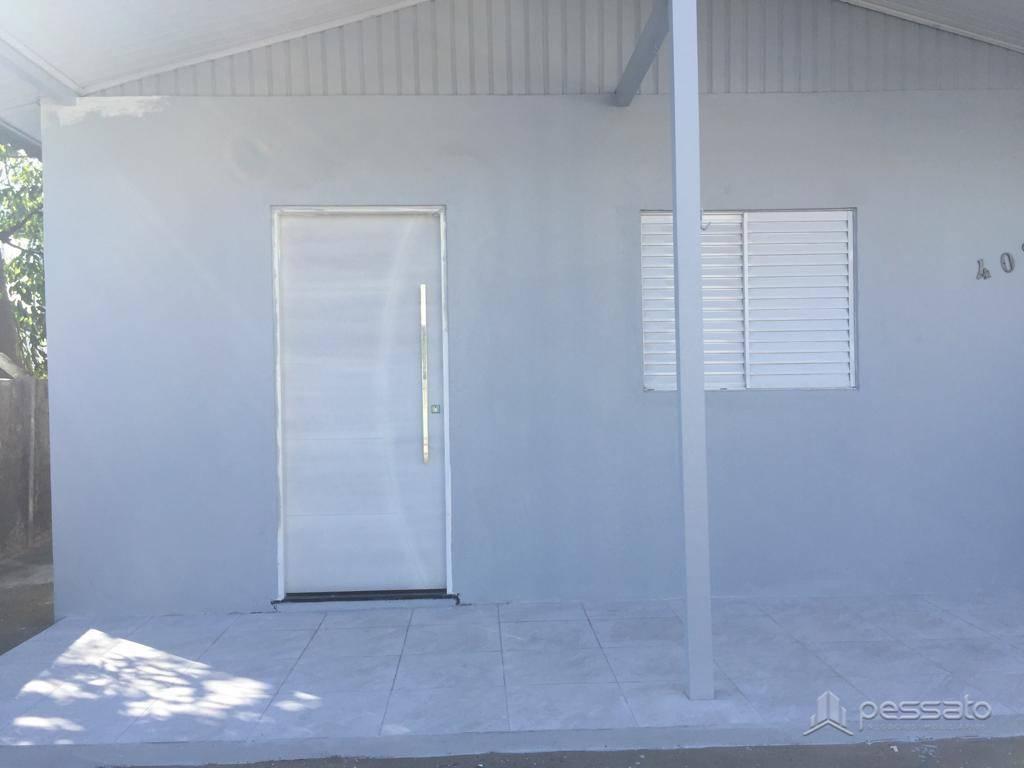 casa 3 dormitórios em Cachoeirinha, no bairro Vila Princesa Izabel