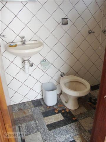 Casa de 2 dormitórios à venda em Centro, Campinas - SP