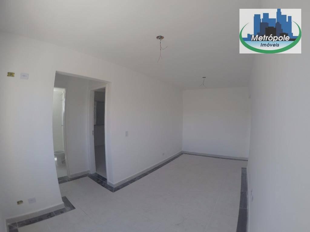 Apartamento de 2 dormitórios à venda em Jardim Santa Cecília, Guarulhos - SP