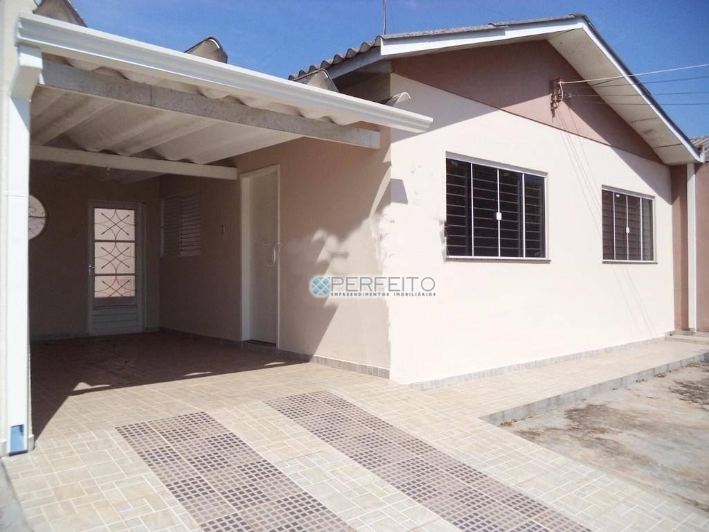 Casa com 2 dormitórios para alugar, 82 m² por R$ 850,00/mês - Assis - Londrina/PR