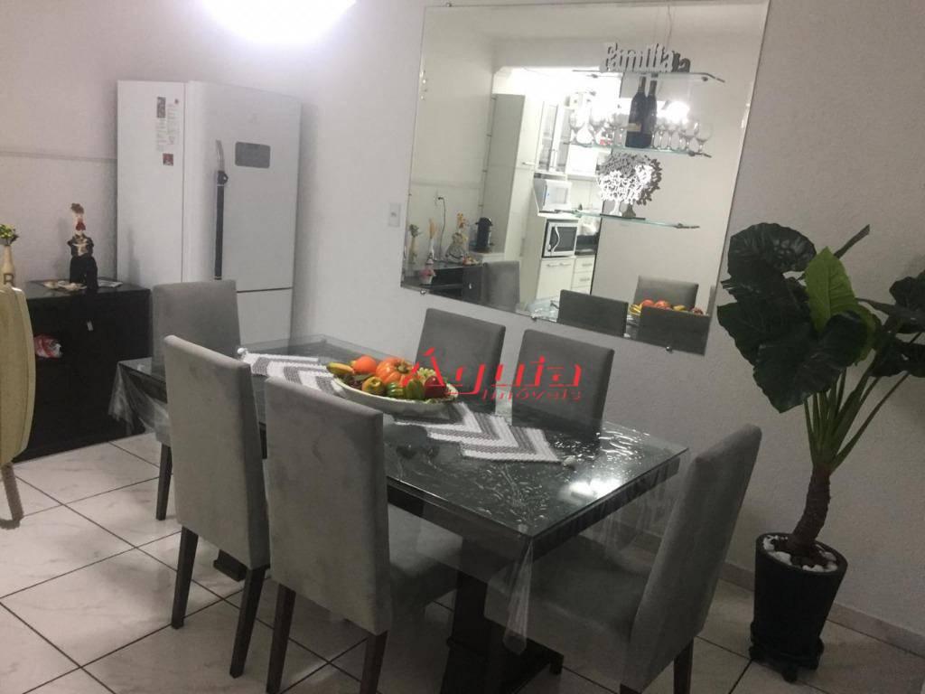 Sobrado com 3 dormitórios à venda, 219 m² por R$ 600.000 - Parque Capuava - Santo André/SP