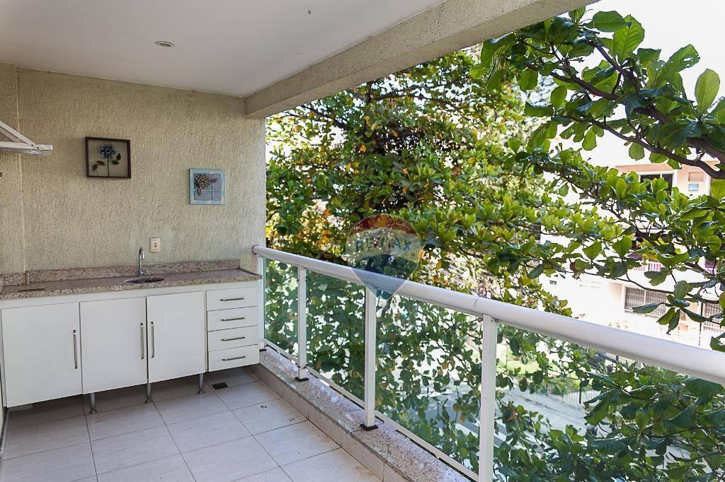 Apartamento com quartos para Alugar, 69 m²